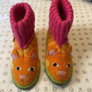Garnet Hill Wool Cat Slippers 10